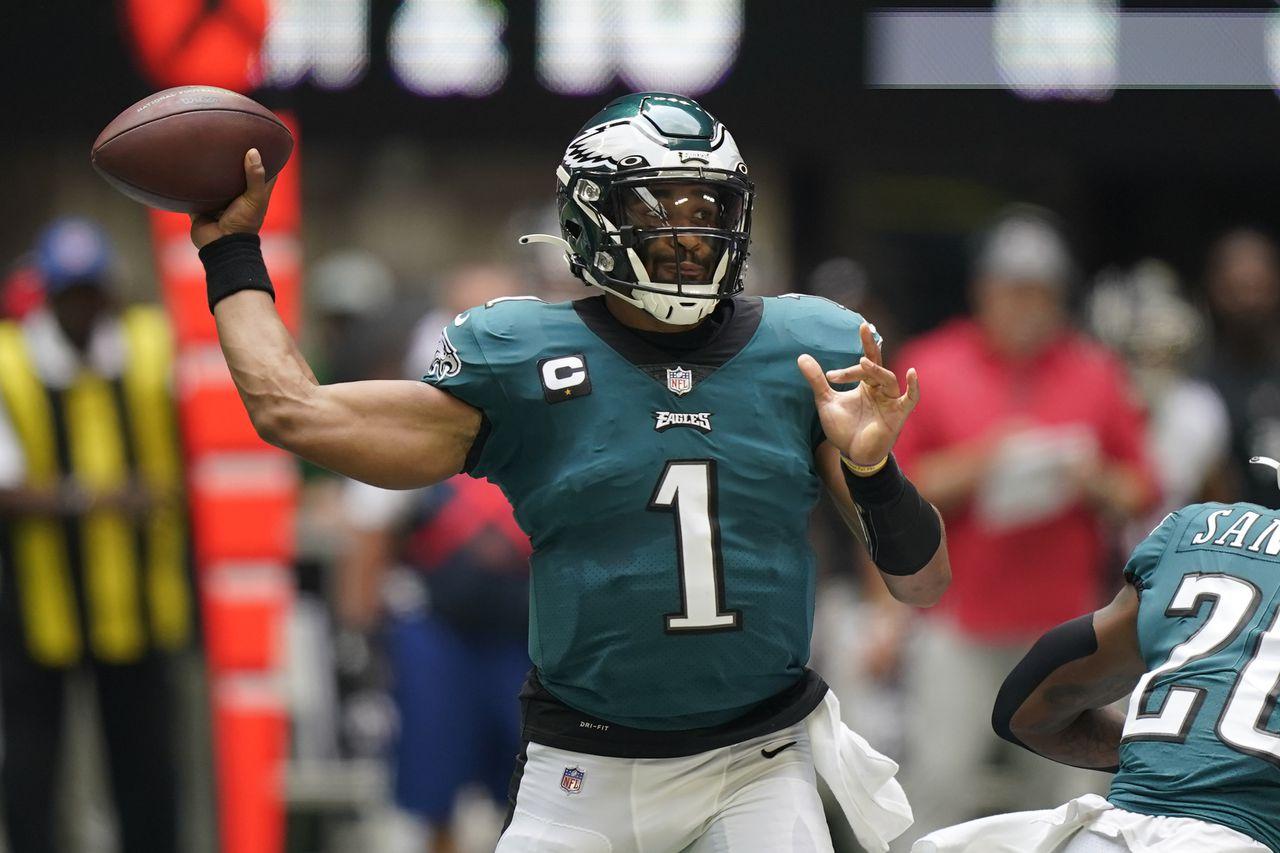 Jalen Hurts Eagles vs Atlanta AP Photo Brynn Anderson